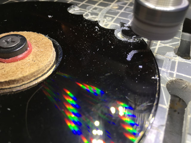 Cutting black CD ROM IR filters (640x480, 86Kb)