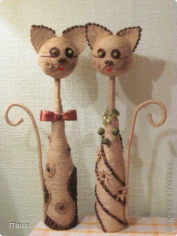 Коты из бутылки и шпагата своими руками 29