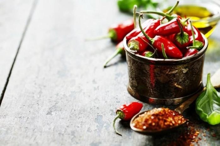 Ученые рассказали о плюсах острой пищи