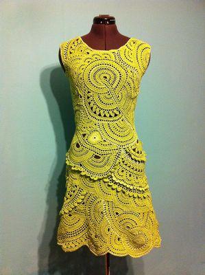 Вязание ленточных платьев