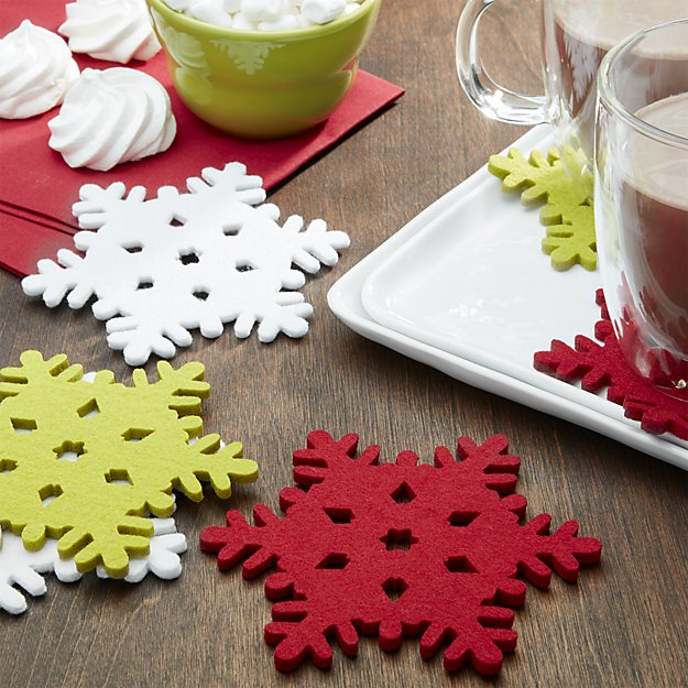 snowflake-assorted-fabric-coasters-set-of-six (625x625, 377Kb)
