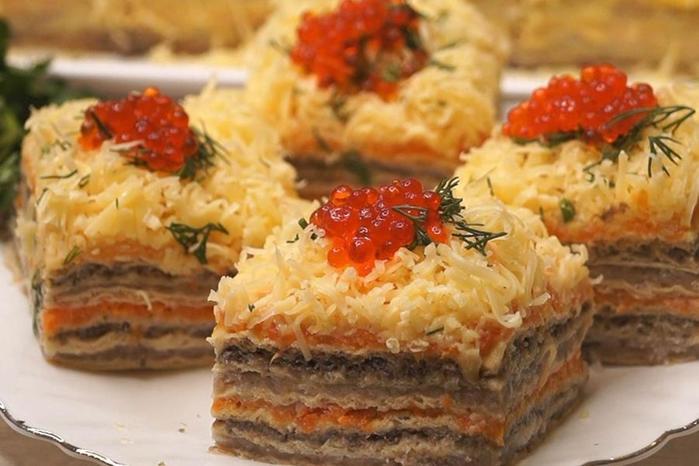 Закусочный селедочный торт на вафельных коржах. Хотите удивить гостей  тогда это то, что Вам нужно!