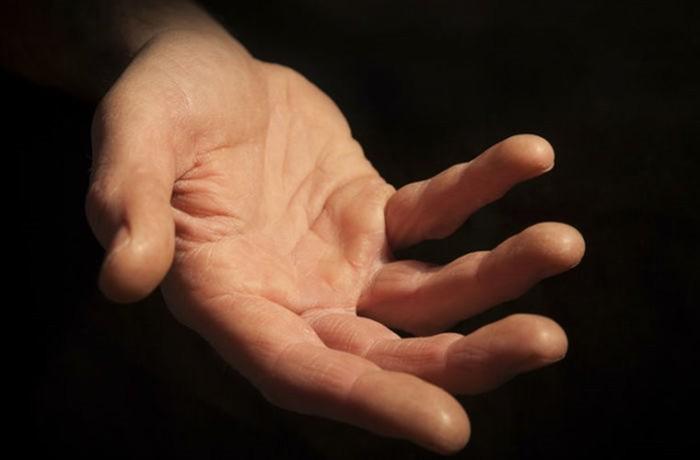 История рукопожатия и приветствия в разные времена