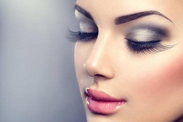 Правила снятия макияжа