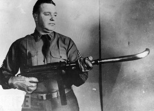 Выстрел из-за угла: как СССР применял оружие с изогнутым стволом