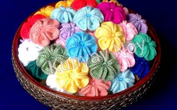 Вязаный объемный цветок для декора различных изделий