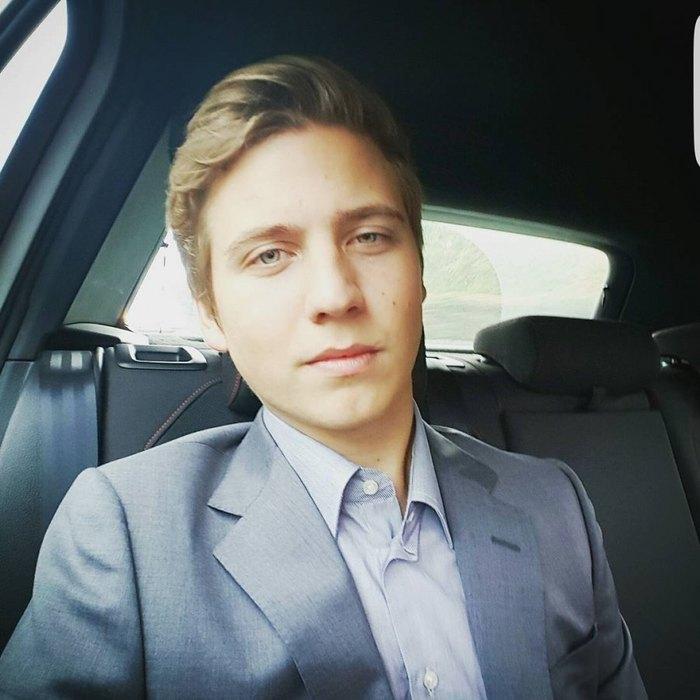 Где учатся дети российских знаменитостей и сколько это стоит