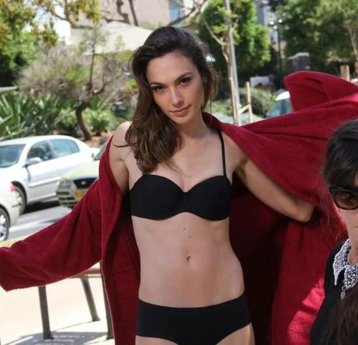 Абсолютную победу врейтинге одержала актриса имодель Галь Гадот