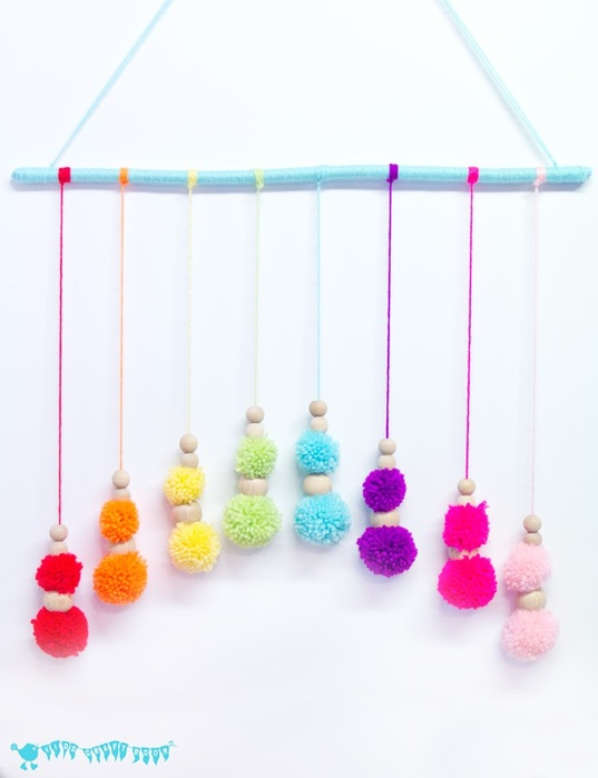 diy-colorful-and-soft-pompom-mobile-1 (537x700, 51Kb)