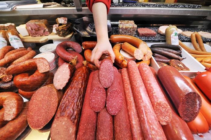 Из чего состоит колбаса: химия, кости и фосфаты