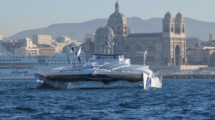 Инновационный корабль Тойота отправляется в путешествие без топлива