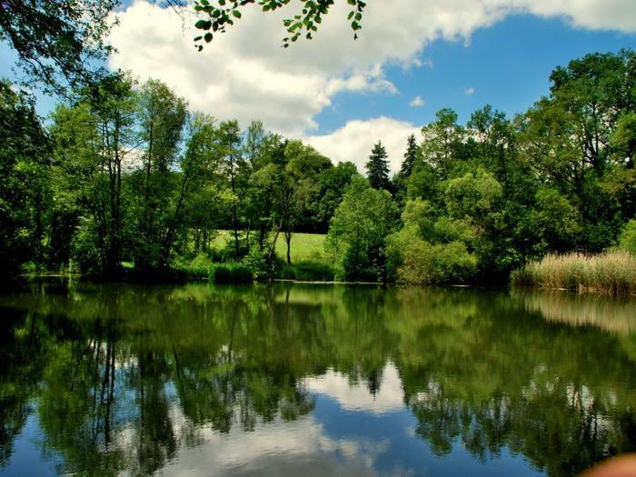 5. Belgium-lake-Bierleux (700x525, 479Kb)