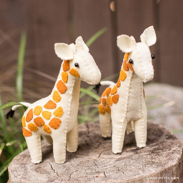Felt_Giraffe_Stuffies_4 (700x700, 374Kb)