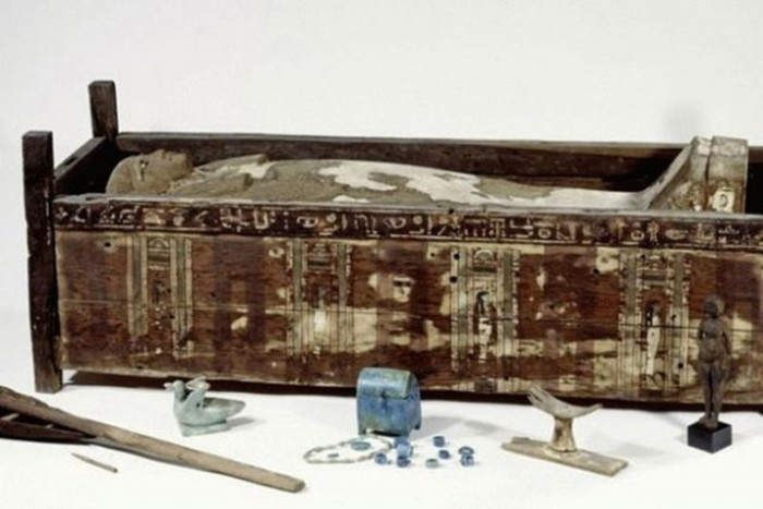 Фараонами правителей Древнего Египта не называли