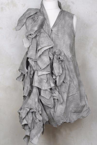 Black shell sleeveless top long 2 (401x600, 175Kb)