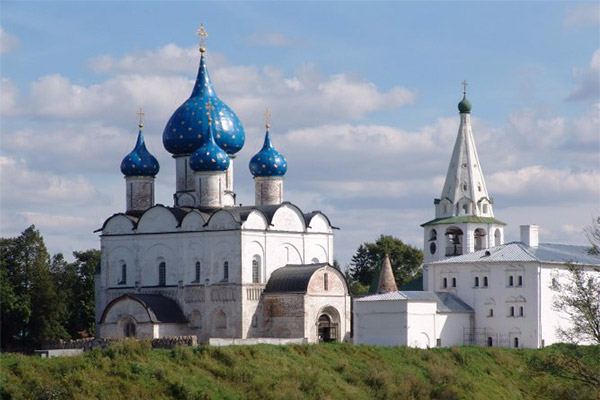 3. Суздальский кремль (600x400, 205Kb)