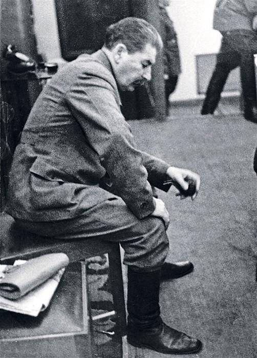 Редкие непарадные фотографии Иосифа Сталина