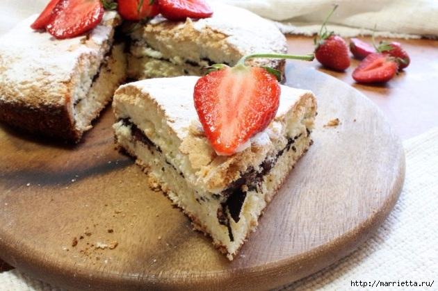 Бисквитный пирог с клубникой. Пошаговый рецепт (2) (630x419, 191Kb)