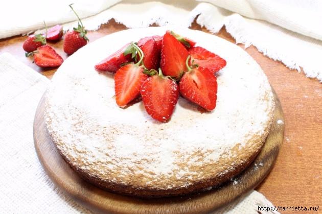 Бисквитный пирог с клубникой. Пошаговый рецепт (3) (630x419, 184Kb)