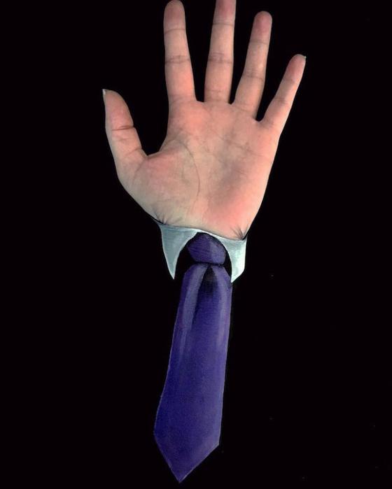 боди арт на руках Лиша Симпсон 6 (560x700, 111Kb)
