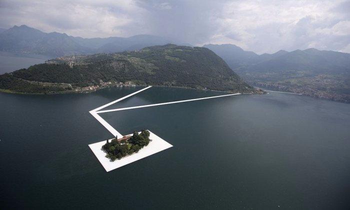 пирсы на итальянском озере изео 2 (700x420, 136Kb)