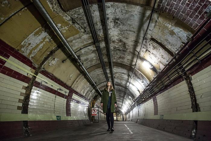 заброшенные туннели лондонского метро 2 (700x466, 385Kb)
