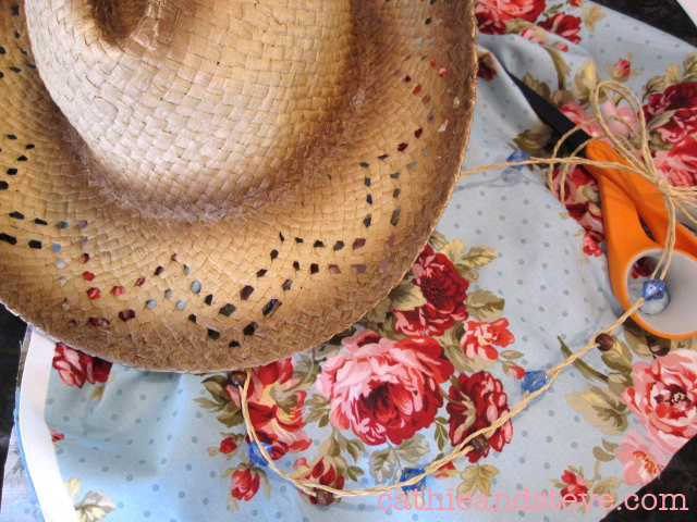 fabric covered cowboy hat mod podge (640x480, 359Kb)