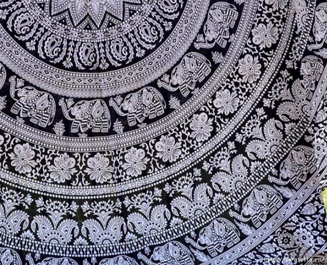 Мягкое изголовье кровати своими руками из коврика-мандалы (8) (655x531, 427Kb)