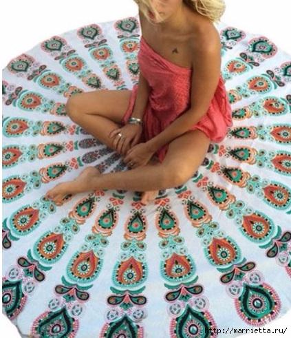 Мягкое изголовье кровати своими руками из коврика-мандалы (16) (423x491, 182Kb)