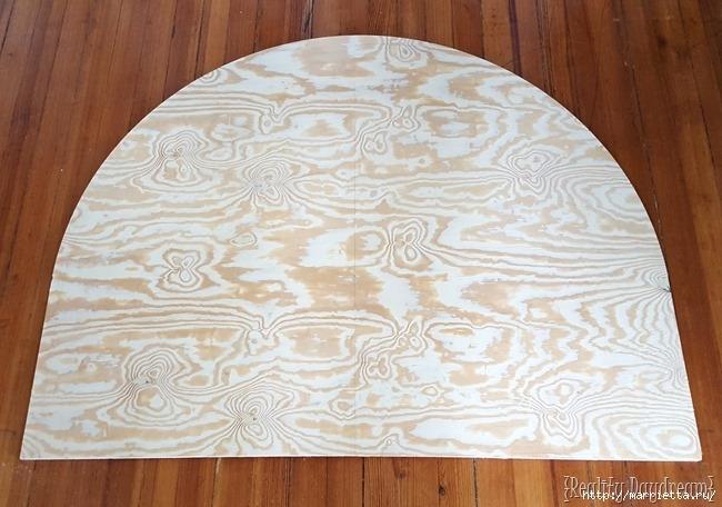Мягкое изголовье кровати своими руками из коврика-мандалы (20) (650x456, 189Kb)