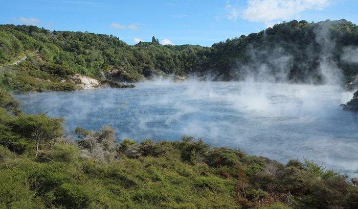 горячее озеро Фрайинг Пан 1 (700x410, 266Kb)