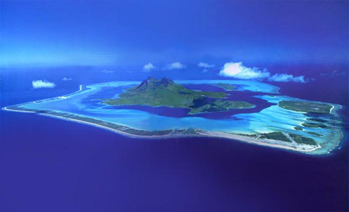 3. № 9. Бора-Бора, Французская Полинезия. (700x426, 201Kb)