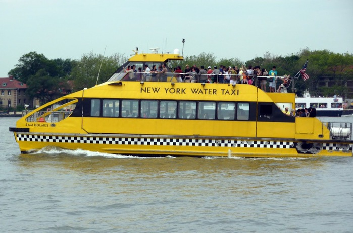 114742135_large_ny_water_taxi (699x463, 101Kb)