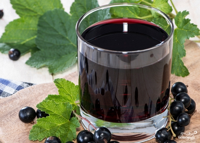 vino_iz_chernoi_smorodini_bez_drojjei-212088 (700x500, 299Kb)