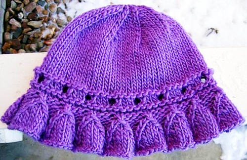 Bell_Ruffle_Hat_plain_medium (500x324, 244Kb)