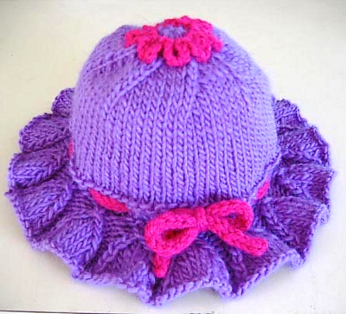 Bell_Ruffle_Toddler_Hat_on_table_medium (500x454, 235Kb)