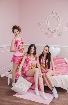m468-pijama-jenskaya-s-shortami-print-yablochko-kulirka-r-44-58-403-1-1 (260x400, 84Kb)