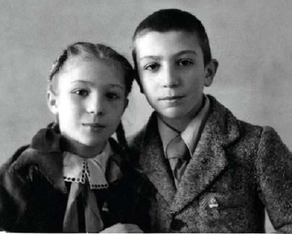 elena_kamburova_romans_molitva_k_f_nebesa_obetovannie (590x473, 117Kb)