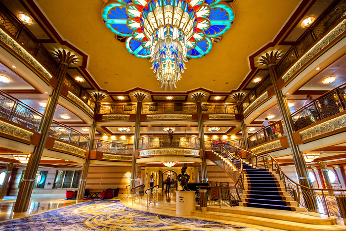 круизный лайнер Disney Dream