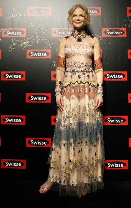 Nicole Kidman in Valentino (419x666, 251Kb)
