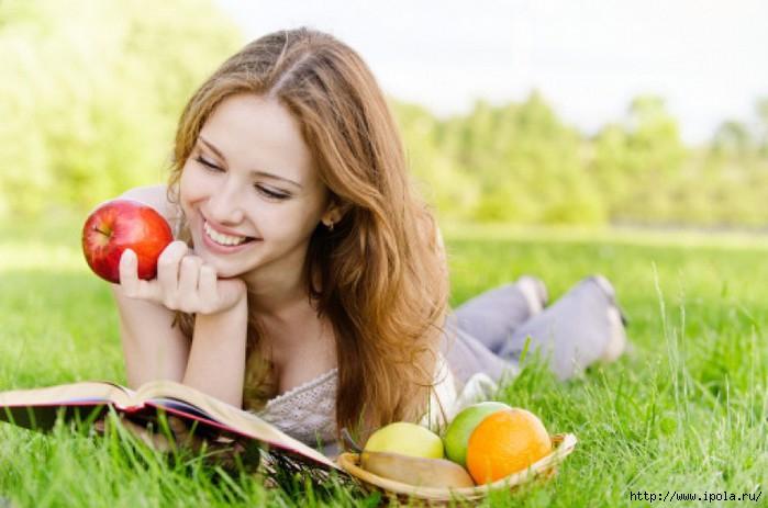 """alt=""""Рацион питания летом для женщины, мечтающей похудеть.""""/2835299__1_ (700x463, 150Kb)"""