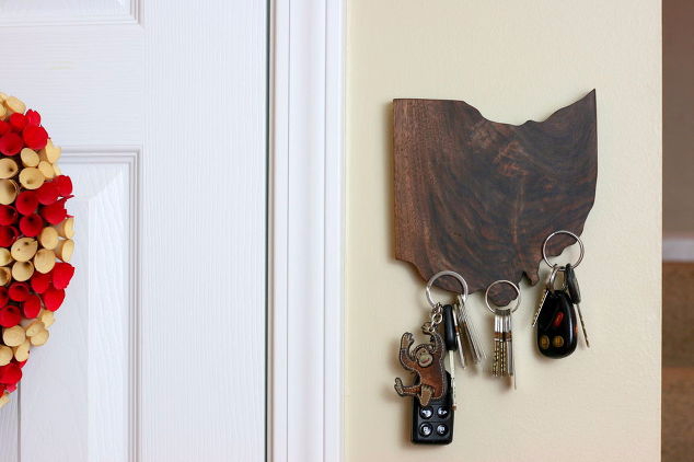 15-magic-magnetic-state-pride-keyholder-crafts-wall-decor-woodworking-projects (634x422, 133Kb)