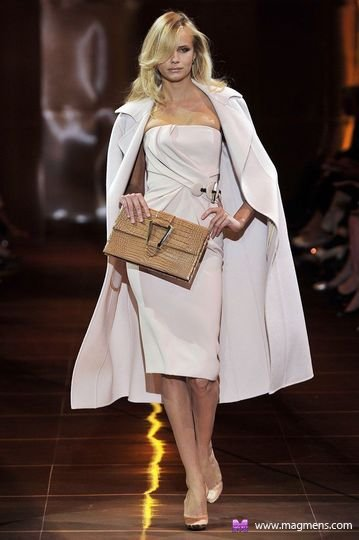 3577132_1406191636_7989_hw_92938899_gorgioarmaniprive_0_00100h_fashionshow_article_portrait (359x540, 31Kb)