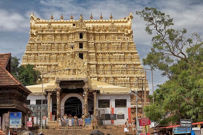 храм Падманабхасвами индия 1 (700x466, 445Kb)