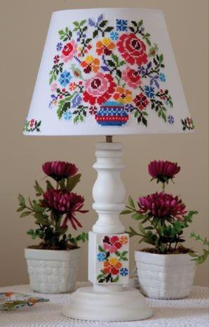 Украшаем настольную лампу цветочной вышивкой. Схема (3) (298x466, 107Kb)