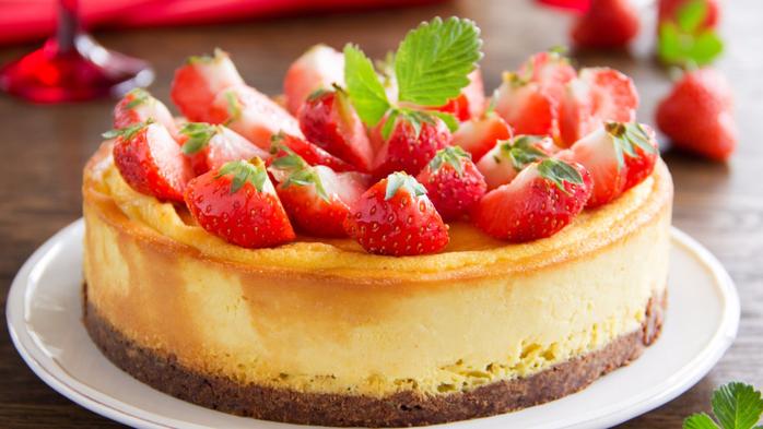 Вкусные клубничные торты фото