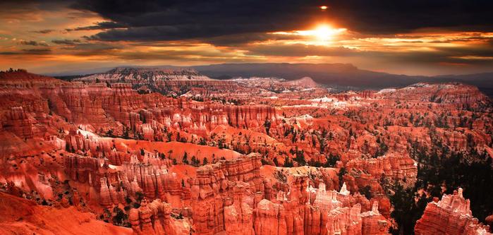 bryce_canyon_sunrise_by_kimjew (700x333, 379Kb)