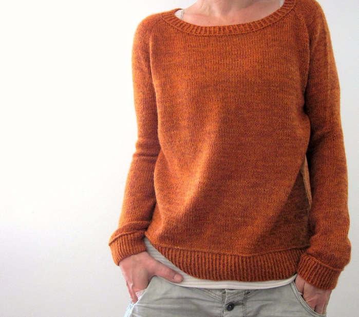 pulover_reglan_spicami (700x618, 399Kb)