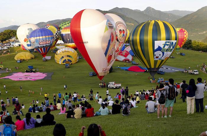 фестиваль воздушных шаров 3 (700x460, 445Kb)