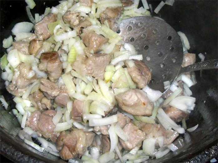 Как приготовить плов из свинины
